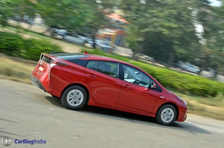 best mileage cars in india new-toyota-prius