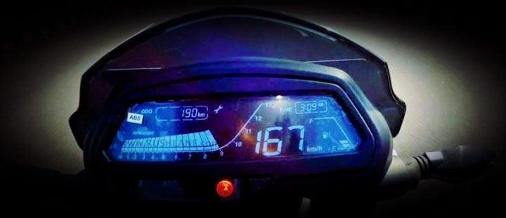 bajaj dominar top speed speedometer
