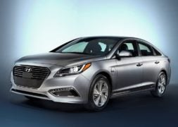 hyundai sonata hybrid india official image