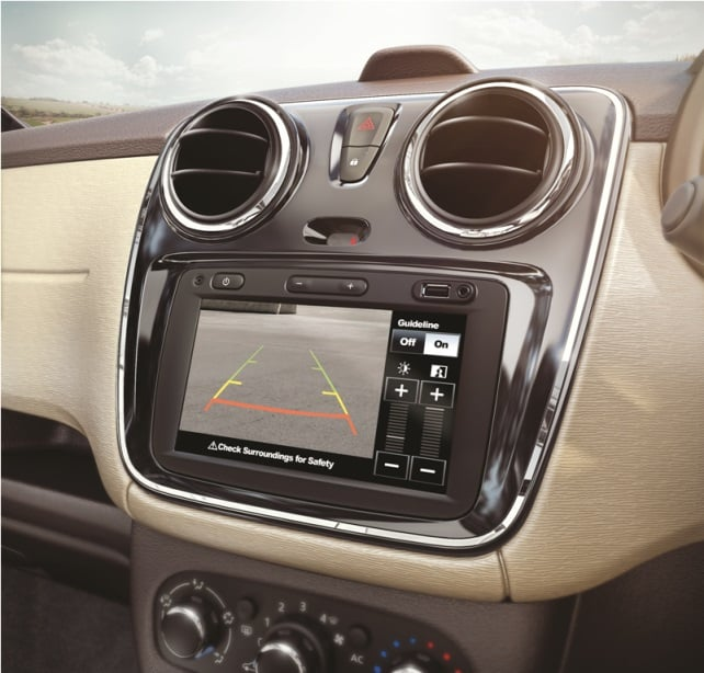 Renault Lodgy Stepway Price, Features, Specifications, Mileage, Variants renault-lodgy-stepway-edition-interiors-touschscreen-official-image