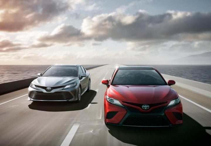 2018 toyota camry official image