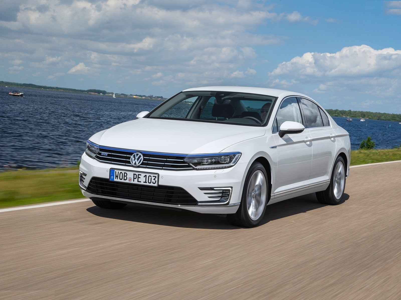 New 2017 Volkswagen Passat India Images Carblogindia