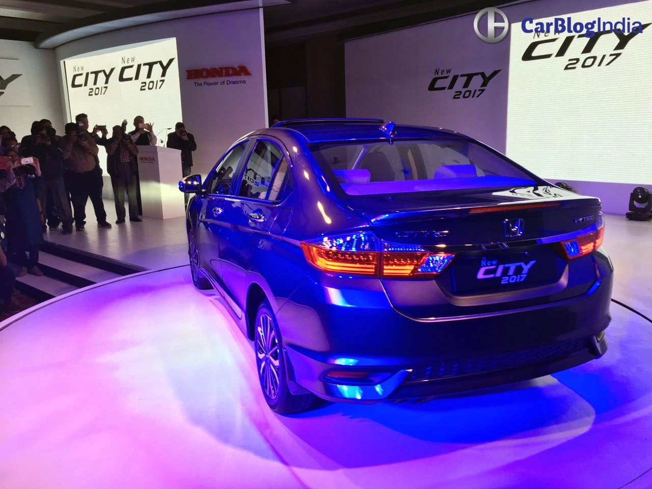 honda city price specifications mileage features images review