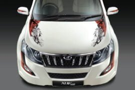 2017-Mahindra-XUV500-Sportz-Limited-Edition-Official-Image-Front-Hood-Decal