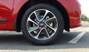 new-2017-hyundai-grand-i10-alloys