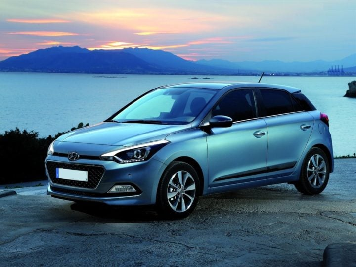upcoming new hyundai cars in india -2017 hyundai elite i20 facelift images front angle