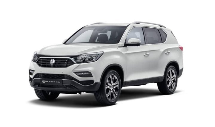 upcoming mahindra cars in india 2018 Mahindra SsangYong Rexton front angle