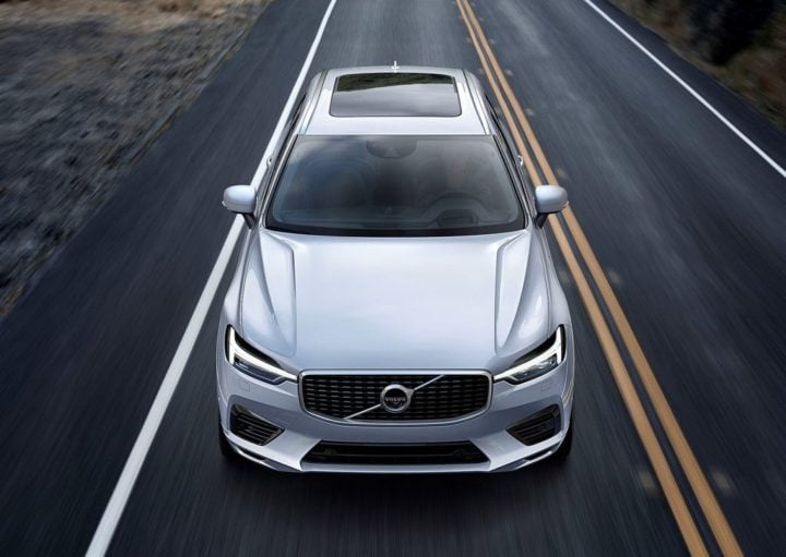 2018 volvo xc60 india official images front
