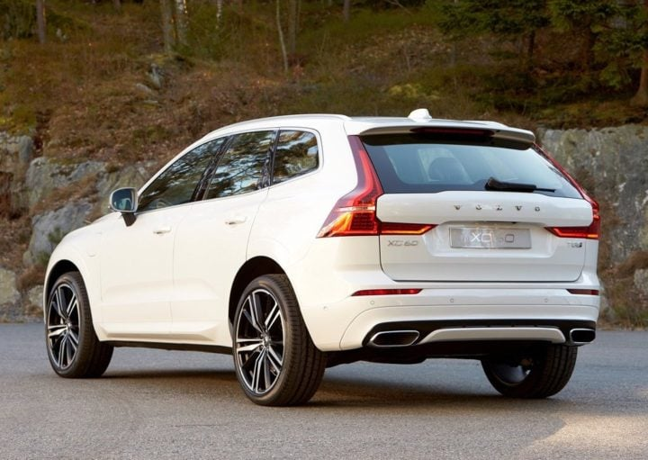 2018 volvo xc60 india official images rear angle
