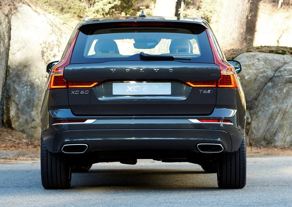 2018 Volvo Xc60 India Official Images Rear Carblogindia