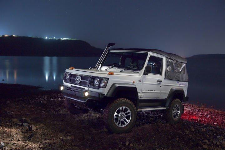 new-2017-force-gurkha-facelift-images-front-angle-night-shot