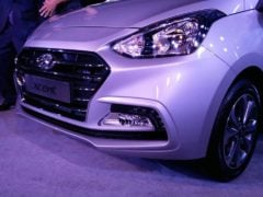 new look 2017 hyundai xcent facelift images front