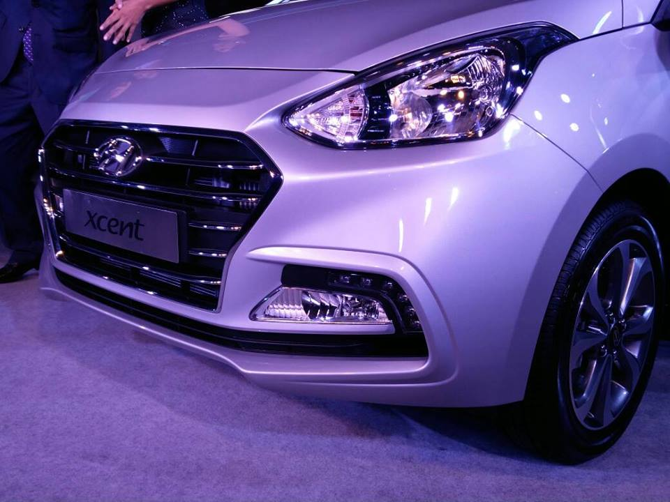 2017 Hyundai Xcent Facelift Launch In March 2017 Price 5 50 Lakhs