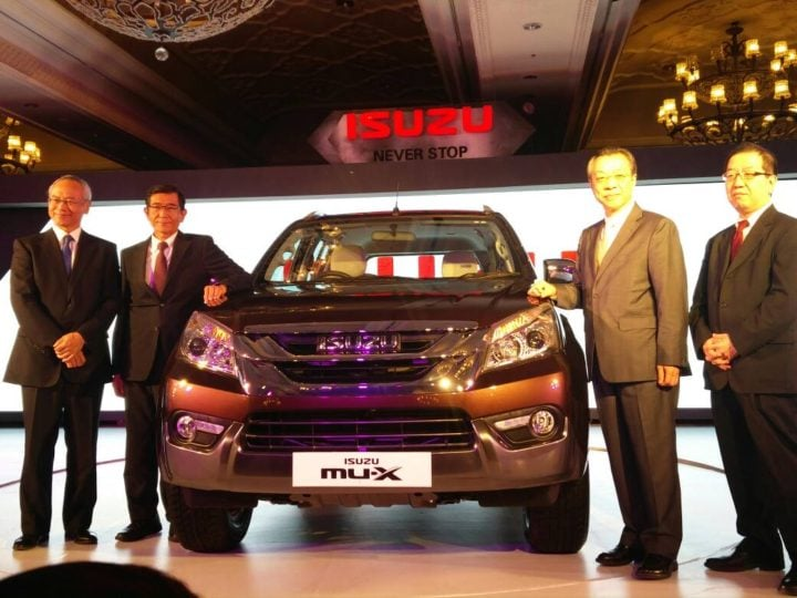 2017 isuzu mu x india images front