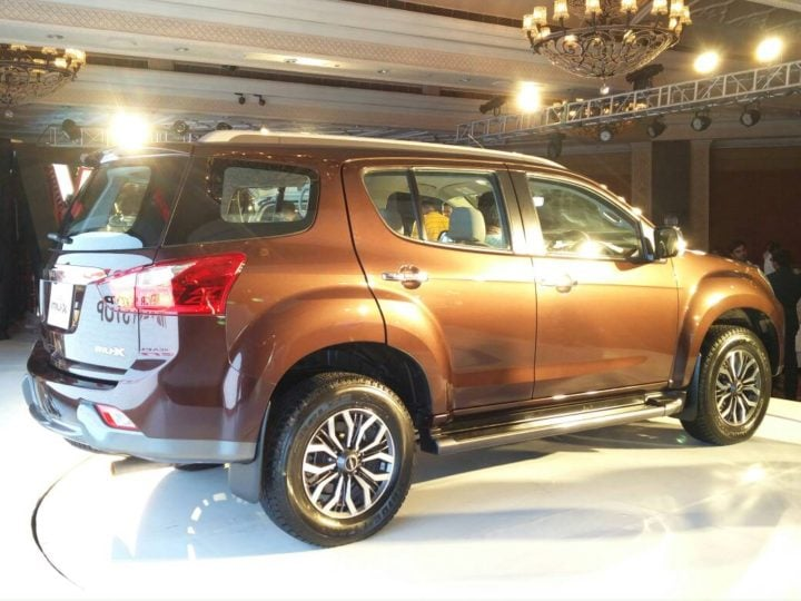 2017 isuzu mu x india images rear angle