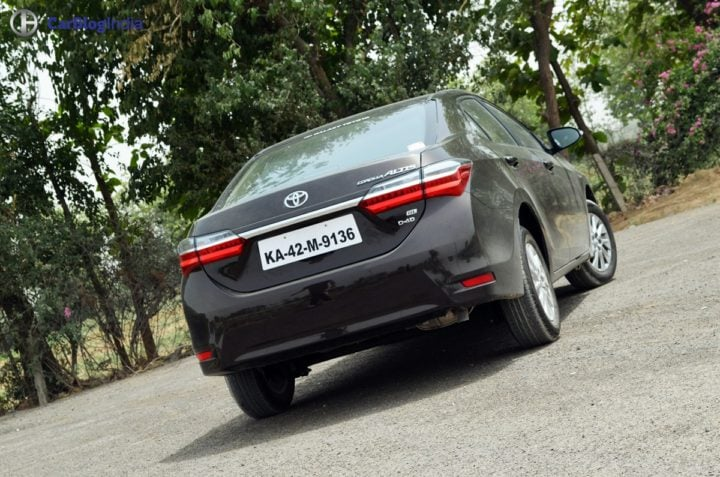 2017 toyota corolla altis test drive review rear angle