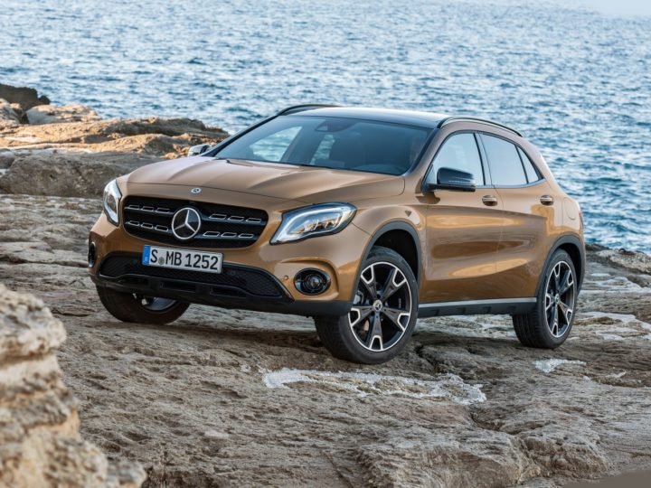 2017 mercedes gla facelift india images front angle