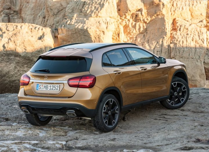 2017 mercedes gla facelift india images rear angle