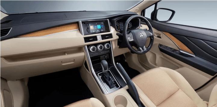 2018 mitsubishi expander interior dashboard image
