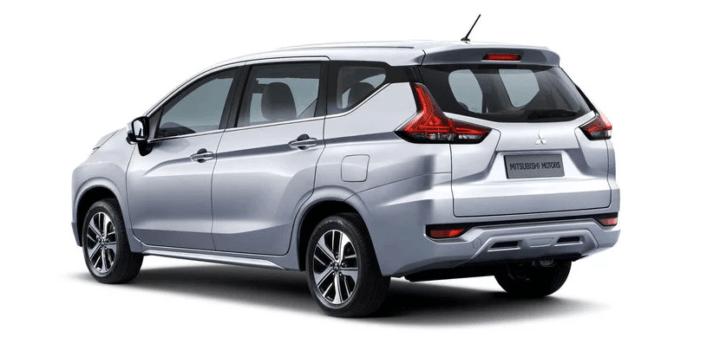 2018 mitsubishi expander rear angle image