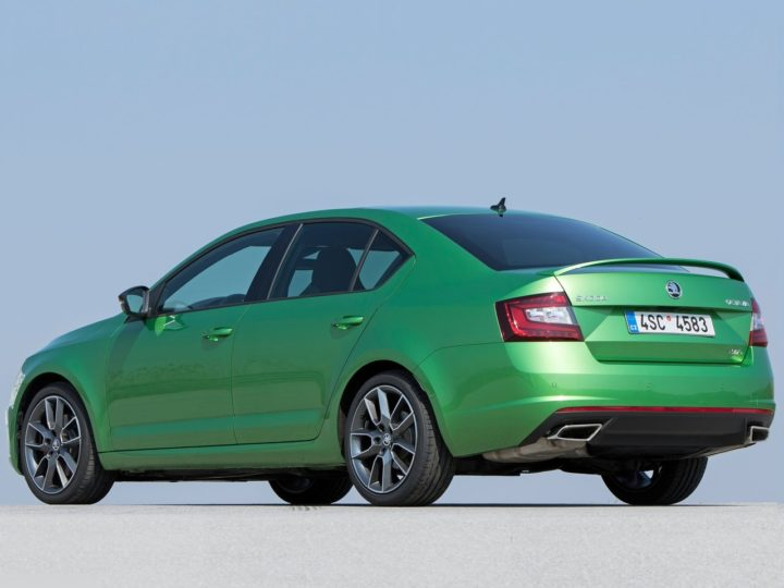 2017 skoda octavia rs india images rear angle