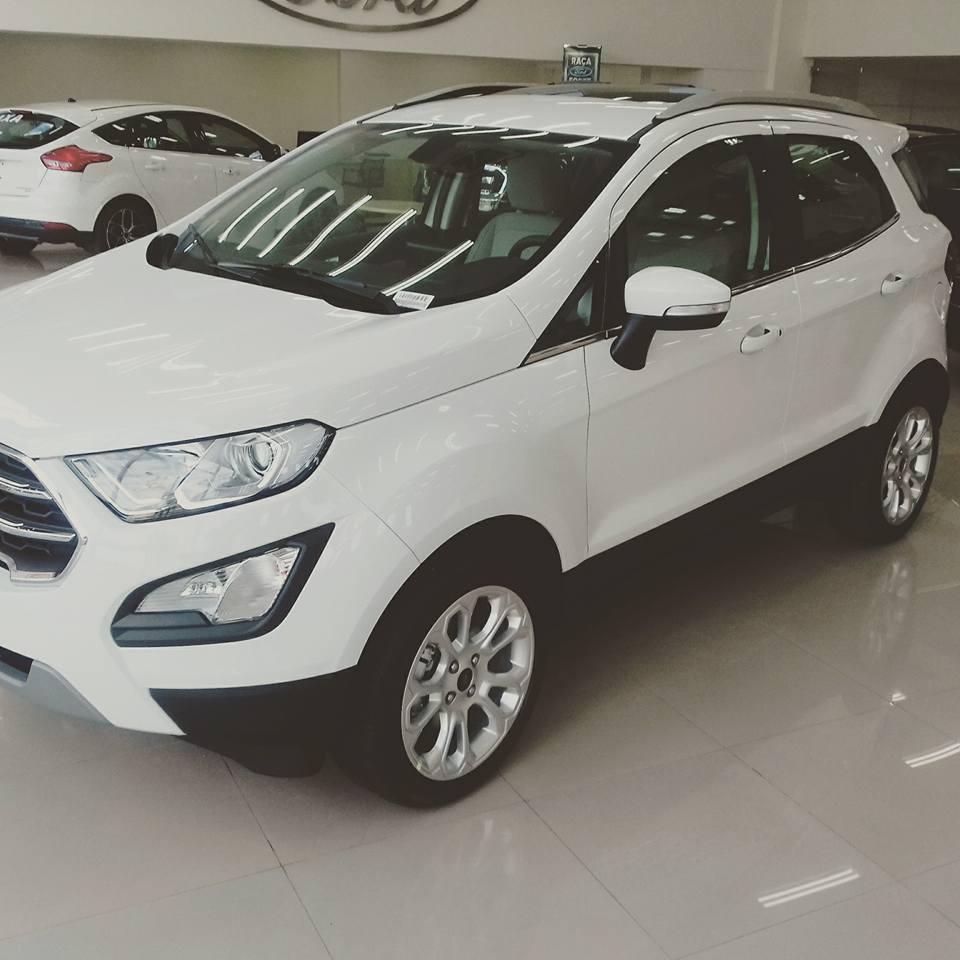 New Ford Ecosport  Exterior Front Angle Images