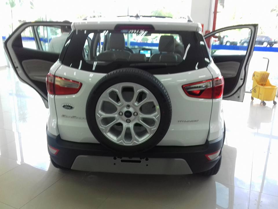 New Ford Ecosport  Exterior Rear Images