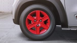 renault kwid anniversary special edition images wheel cap red