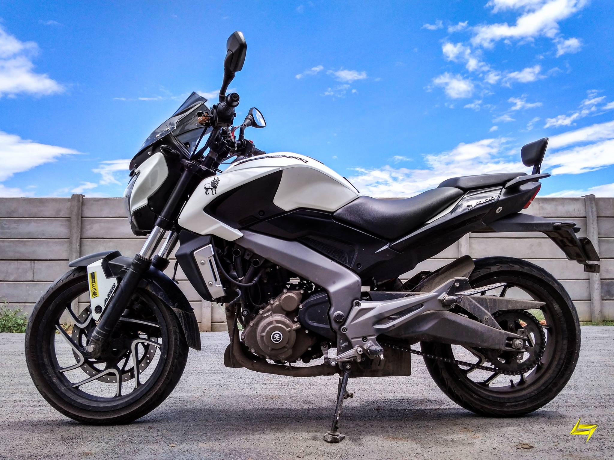 Best Modified Bajaj Dominar 400 Features Specifications