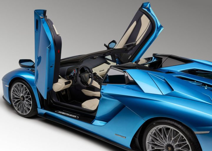 lamborghini aventador s roadster India images