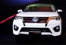 new toyota fortuner sportivo 2017 front