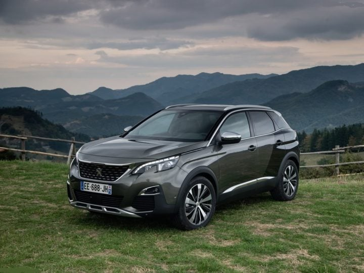 peugeot 3008 suv india images front angle