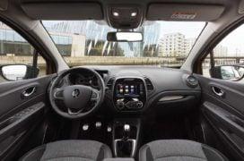renault captur vs kaptur comparison interior