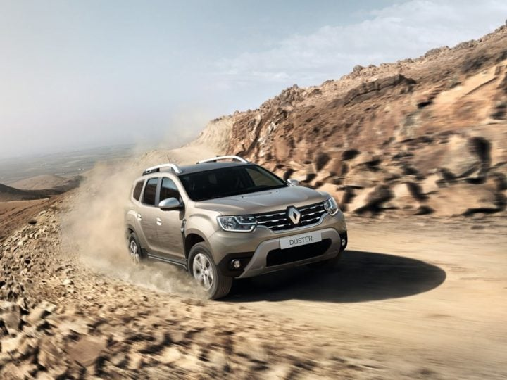 2018 Renault Duster Front Angle Action Photo
