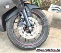 Yamaha R15 v3 India images alloy wheel disc brake