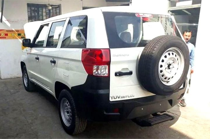 mahindra tuv300 plus images rear angle