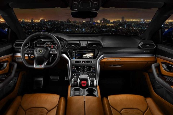 2018 Lamborghini Urus 6