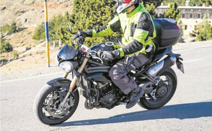 Upcoming Triumph Bikes in India 2018 - 2018 Triumph Speed Triple spy shot