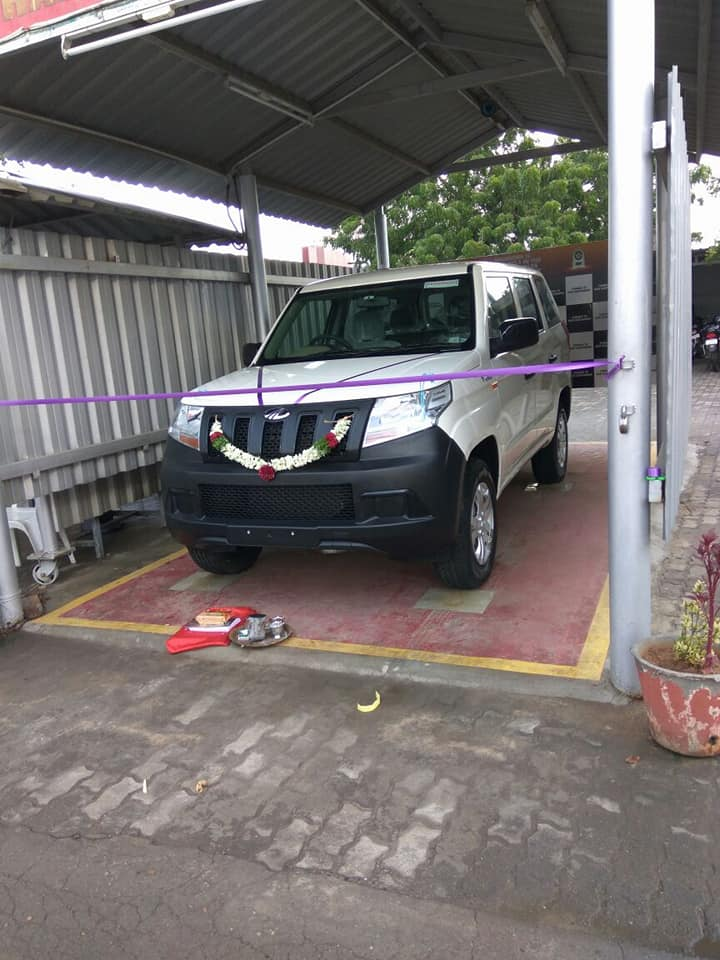 Mahindra Tuv 300 Plus Deliveries Start Select Customers Only