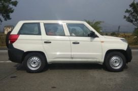Mahindra TUV300 Plus images side profile