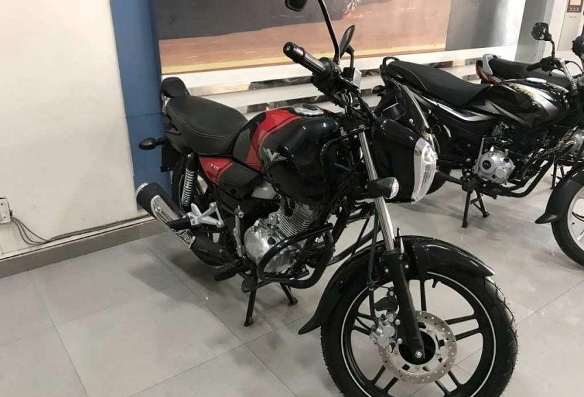 2018 Bajaj V15 reaches dealerships