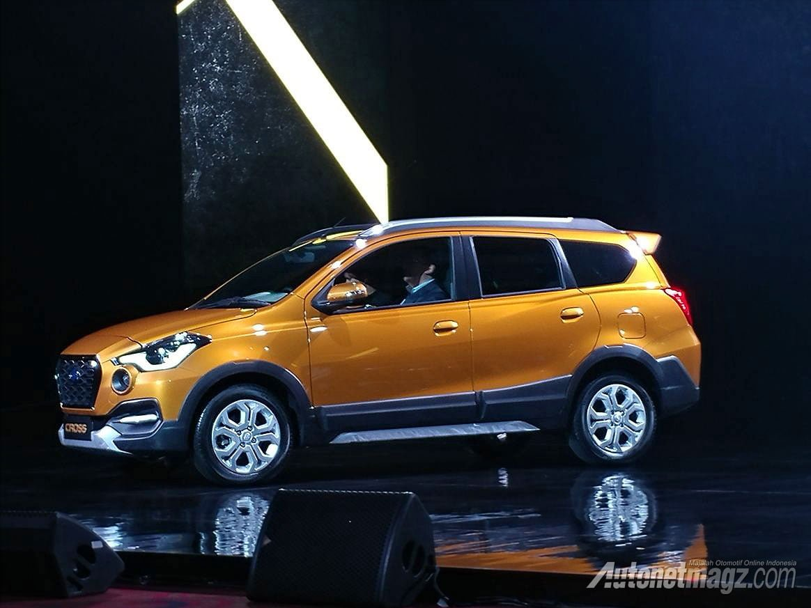 2018 Datsun Cross Unveiled India Launch Details Price Specifications