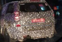 2018 Mahindra XUV500 facelift spyshot