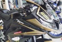 2018 Yamaha R15 V3.0 custom 1