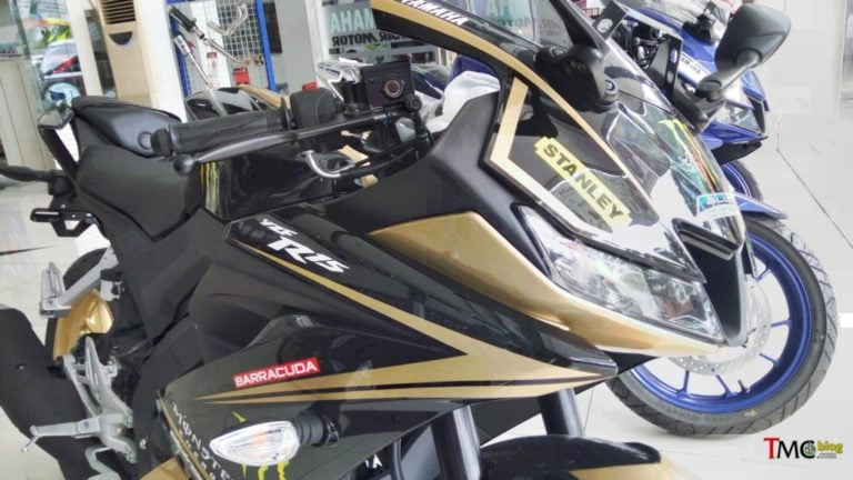 Yamaha R15 V 3.0 spotted with custom Paint Job in Indonesia