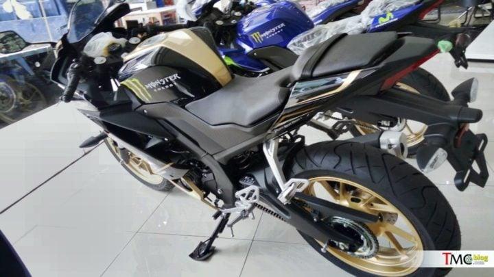 2018 Yamaha R15 V3.0 custom 2