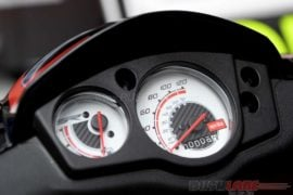 2018 aprilia sr 150 colours speedo console
