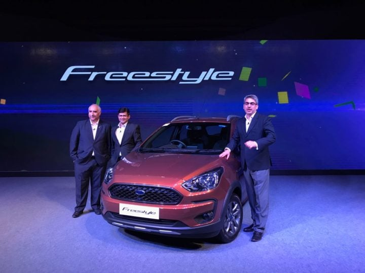 ford freestyle images front angle brown