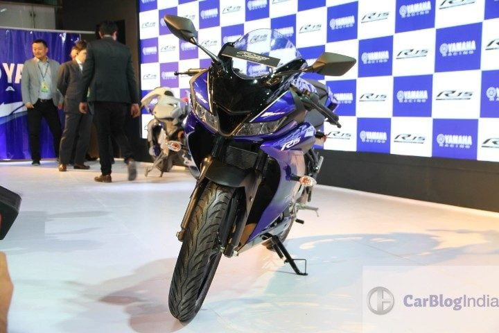 2018 Yamaha R15 V3 0 Launched, Price - Rs 1 25 Lakh