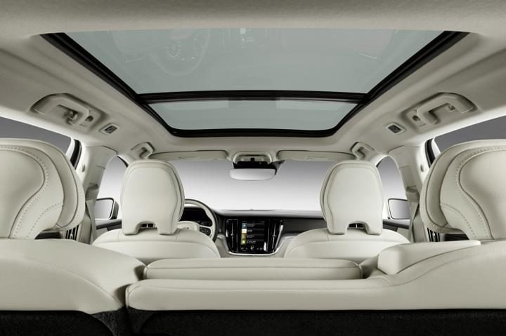 New Volvo V60 Estate sunroof